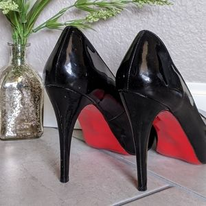 Classic black patent leather prive Louboutins!